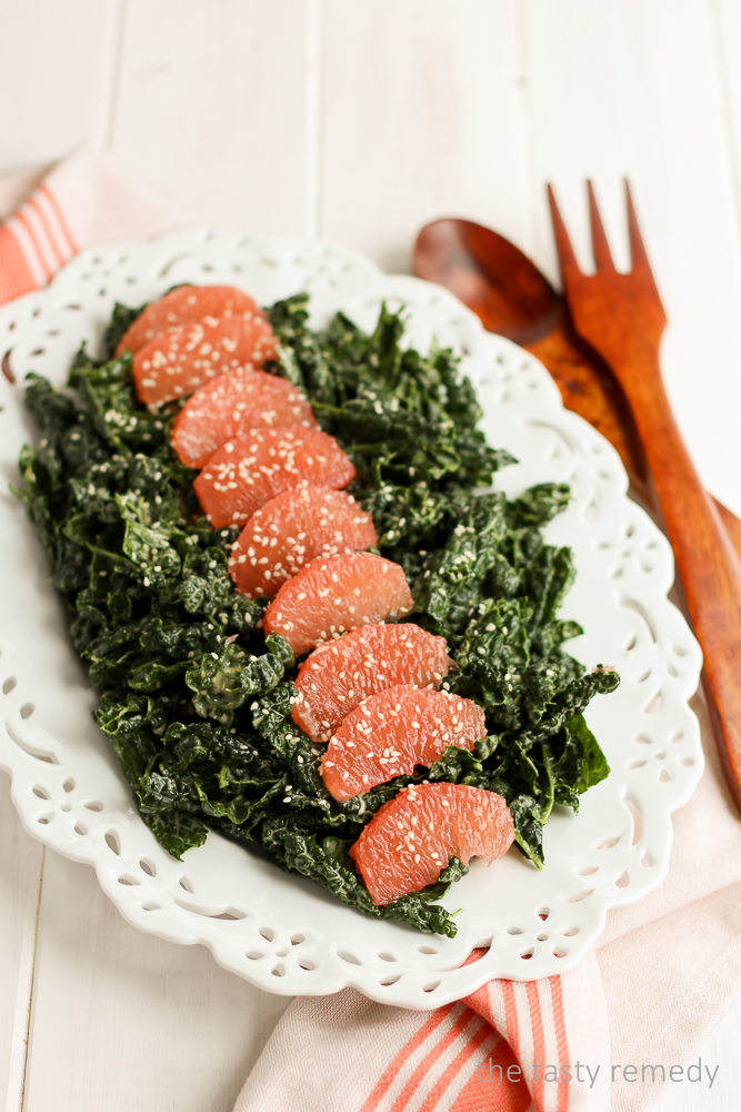 Kale & Grapefruit Salad | thetastyremedy.com